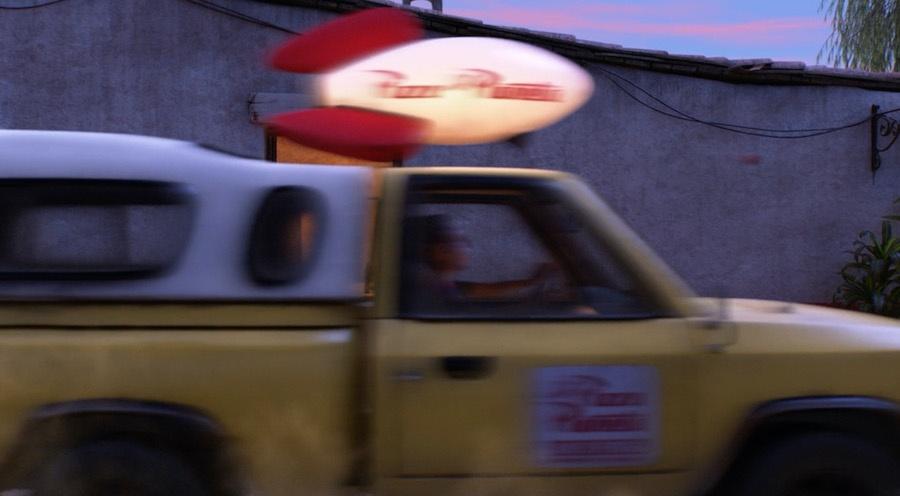 """Грузовик """"Планета Пицца"""" в """"Тайна Коко"""""""